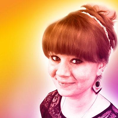 Cyntia Bertacchini  Ambiances Com Designer graphique indépendante et conseil en communication